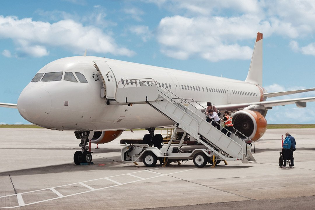 Air-ambulance or scheduled flight – what makes more sense?